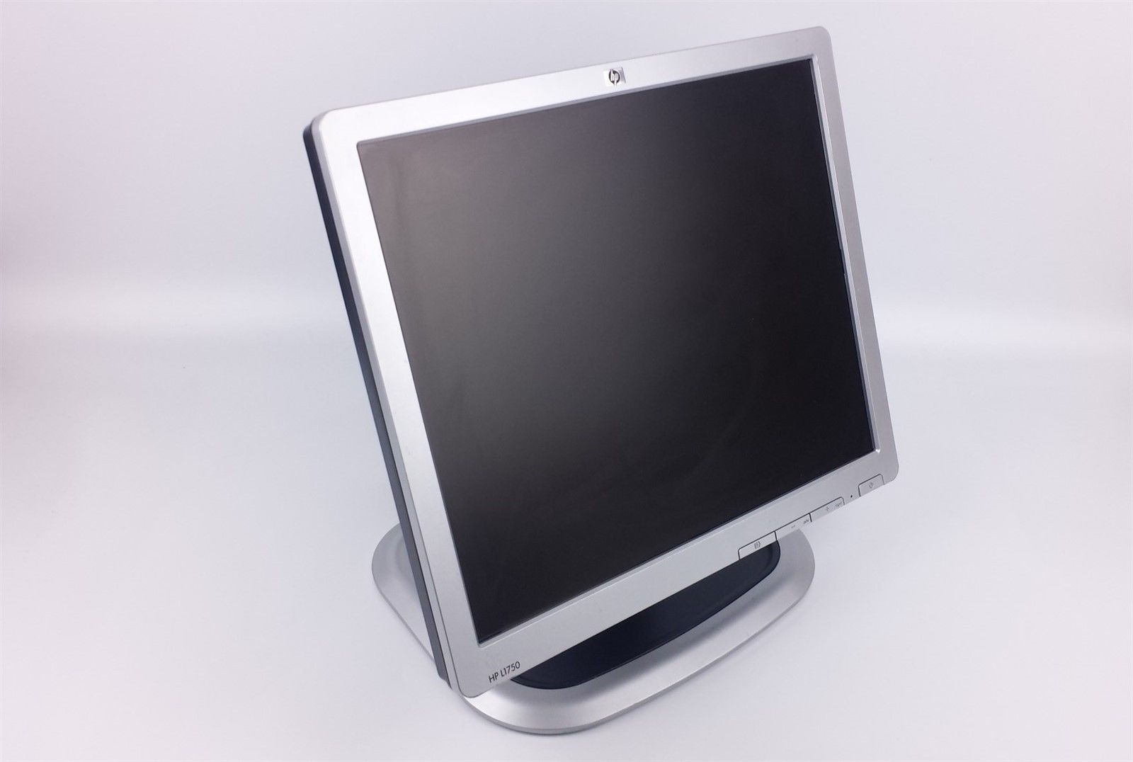 "HP L1750 Flat Screen LCD Computer Monitor 17"" GF904A w/ Power & VGA Cord"