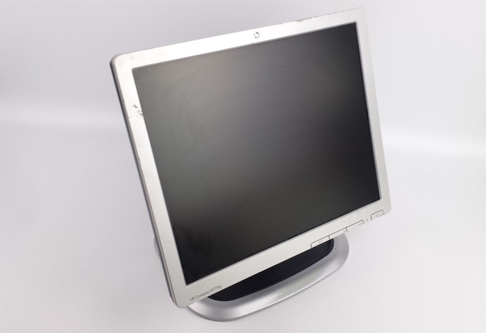 "HP Compaq LA1751g Flat Screen LCD Computer Monitor 17"" with Bunny Stand"