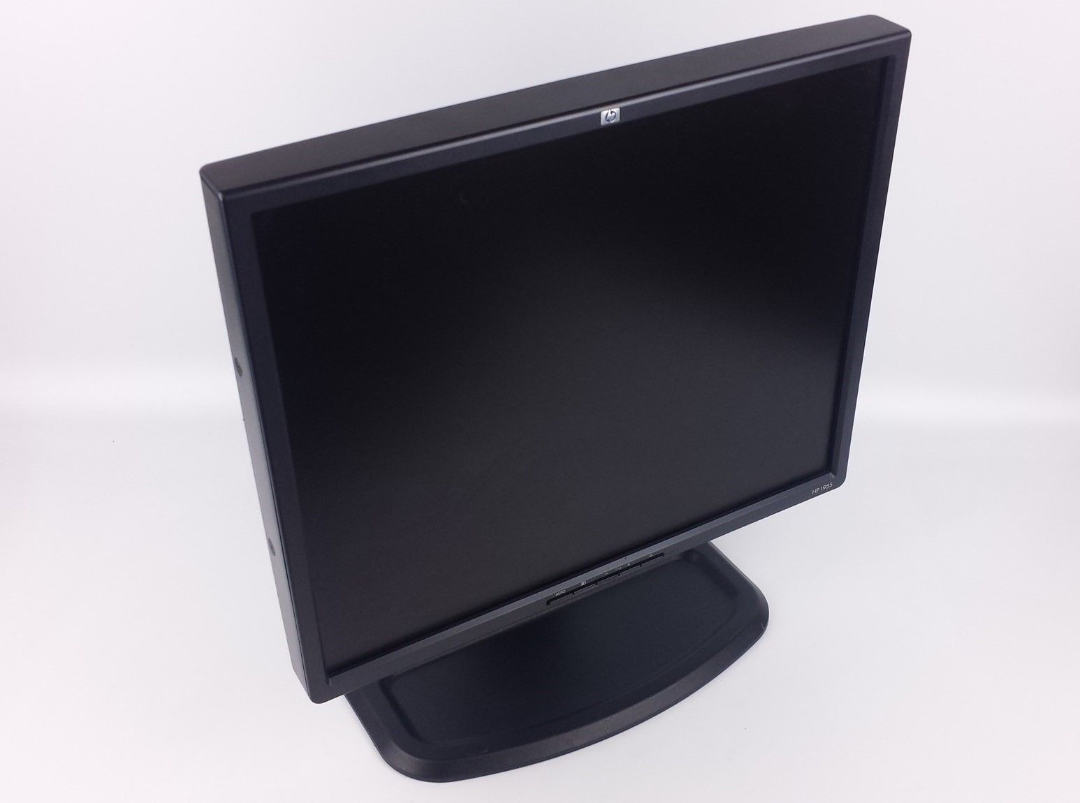 "HP 1955 Flat Panel LCD Computer Monitor 19"" PD974A 366715-601 396885-001"